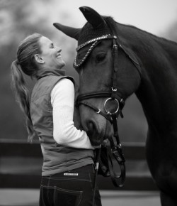10 Tips For Keeping a Horse Blog