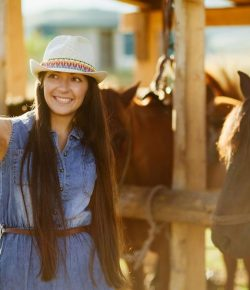 Equestrian Social Media: Amateurs & Brand Ambassadorships
