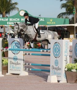 Best of JN: Lilly Ward's Horse Wins With Dad