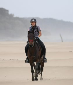 Emma Manthorpe Wins the World's Wildest Horse Race